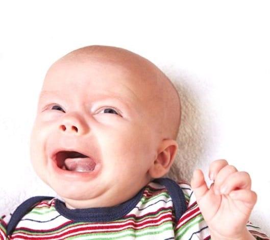babys kopf ganz weich